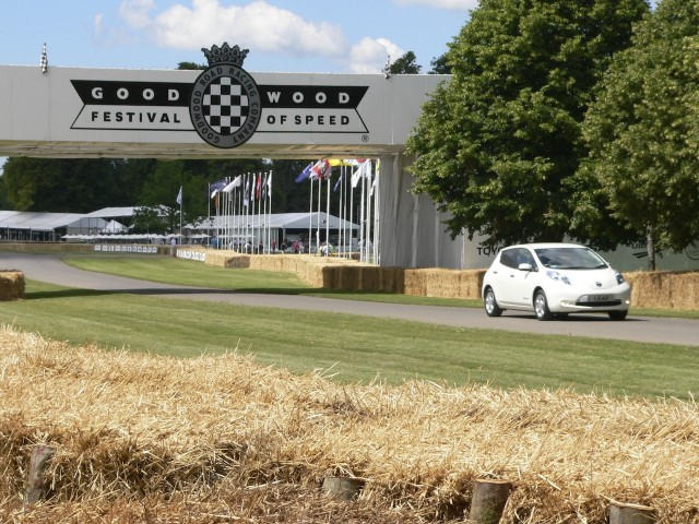 2011 Nissan Leaf at 2011 Goodwood Festival of Speed #9138163