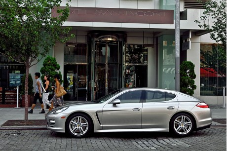 2011 Porsche Panamera 4S serving fleet duty for Gaansevoort Hotel Group