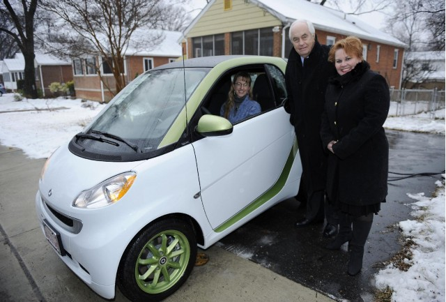 First Smart ForTwo Electric Drive with Roger Penske and Smart USA president Jill Lajdziak, Jan 2011 #7174110