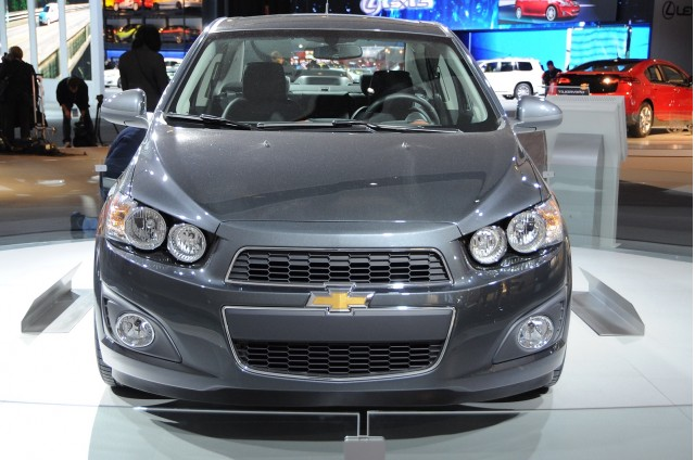 http://images.thecarconnection.com/med/2012-chevrolet-sonic_100336913_m.jpg