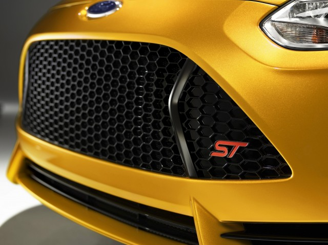 Ford Focus ST, launched at the 2011 Los Angeles Auto Show