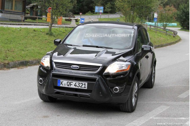 spy shots 2012 ford kuga facelift gallery 1 motorauthority. Black Bedroom Furniture Sets. Home Design Ideas