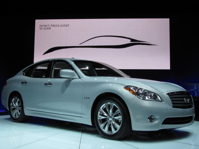 2012 Infiniti M Hybrid, at the 2010 Los Angeles Auto Show #7533679