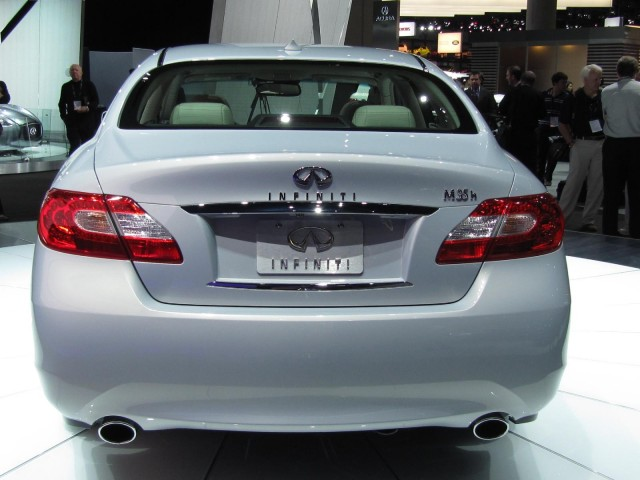 2012 Infiniti M Hybrid, at the 2010 Los Angeles Auto Show #7654934