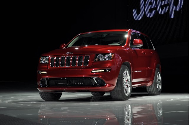 2012 jeep grand cherokee srt8 2011 new york auto show live photos. Cars Review. Best American Auto & Cars Review