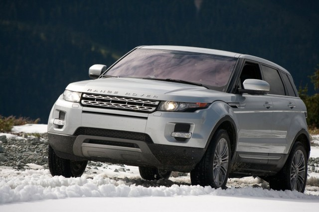 hyundai elantra and range rover evoque voted 2012 north. Black Bedroom Furniture Sets. Home Design Ideas