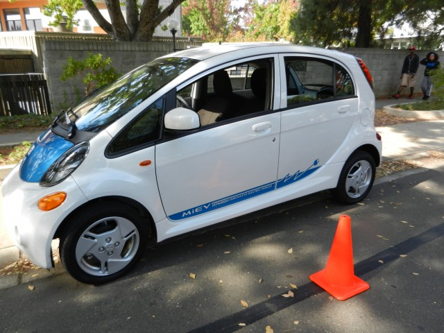2012 Mitsubishi I Taking The Electric Car On The Road