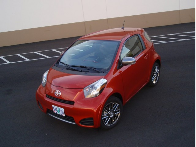 2012 scion iq best non hybrid gas mileage not in real world gallery 1 green car reports. Black Bedroom Furniture Sets. Home Design Ideas