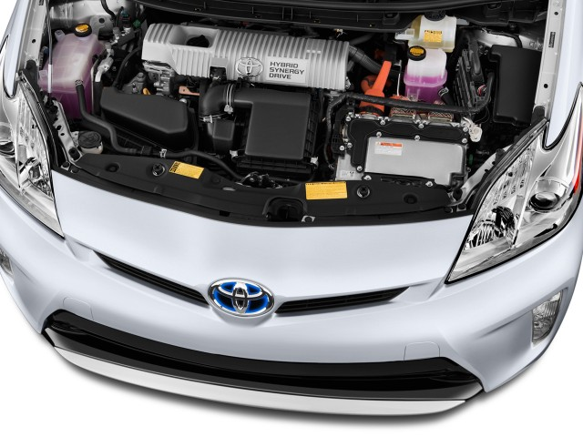 rendering of 2011 Toyota Prius Alpha people carrier from Japanese magazine #9965260
