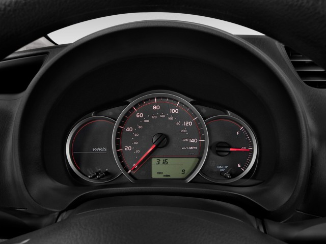 JDM Vitz previews 2012 Toyota Yaris #8862604