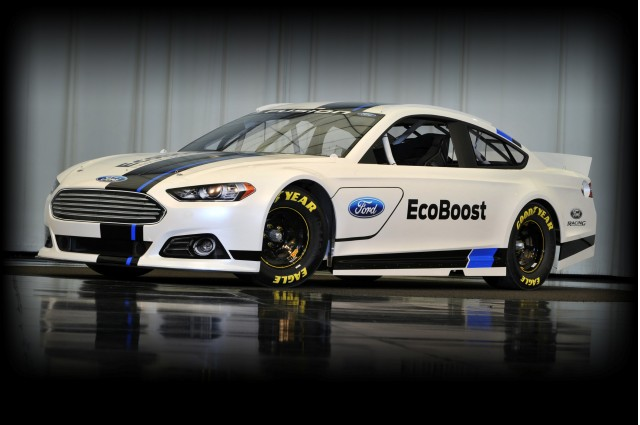 2013 Ford Fusion Nascar Sprint Cup Race Car 100379526 M