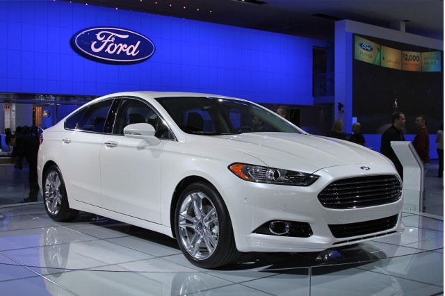 2013 Ford Fusion 2012 Detroit Auto Show Live Photos Gallery 1 Green Car Reports