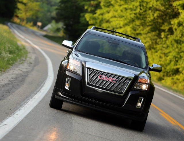 2013 Golf Spy Video, Terrain Denali Video Review, 4-Cyls Most Popular