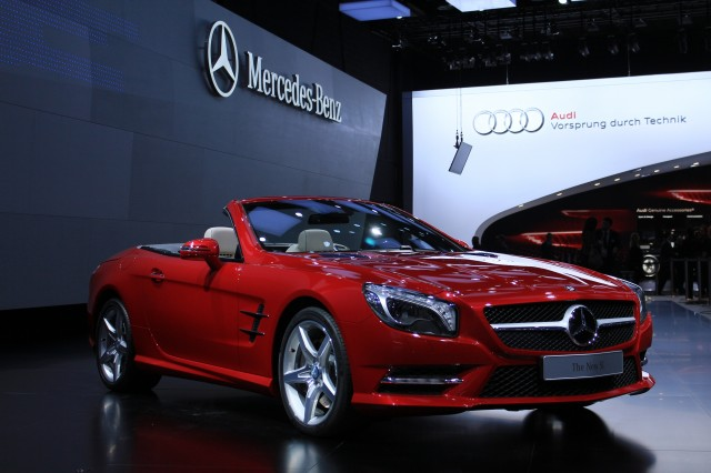 Luxury car concierge services who 39 s the best jeeves page 4 for Tele aid mercedes benz