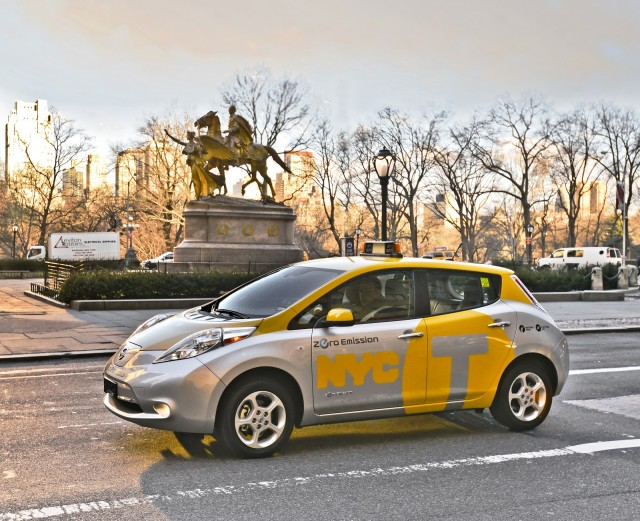 2013 Nissan Leaf electric car tested as taxi in New York City, April 2013 #8059715