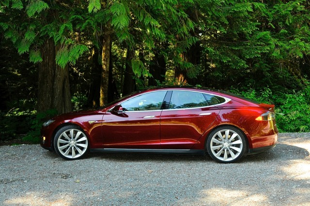 Owning A Tesla Model S New Book Offers Tips Tricks