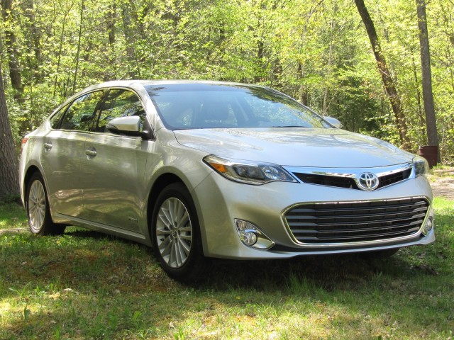 2013 toyota avalon hybrid catskill mountains ny may 2013. Black Bedroom Furniture Sets. Home Design Ideas