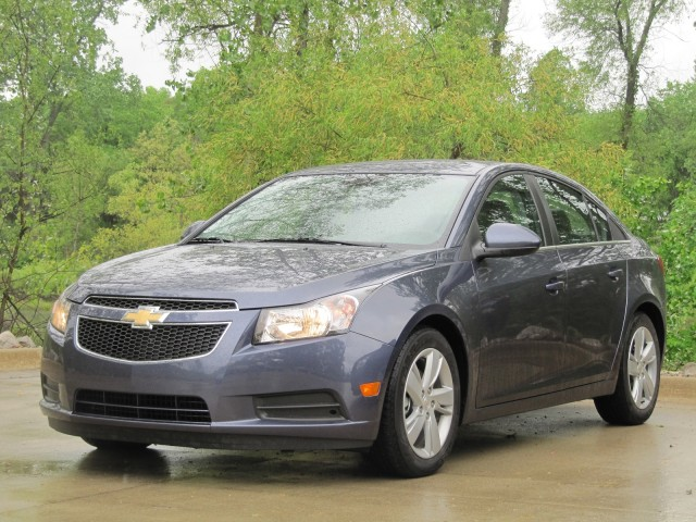 2014 chevrolet cruze diesel first drive. Black Bedroom Furniture Sets. Home Design Ideas