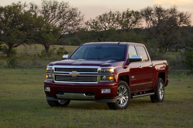 2014 Chevy Silverado Pickup Gas Mileage Rises For Largest ...