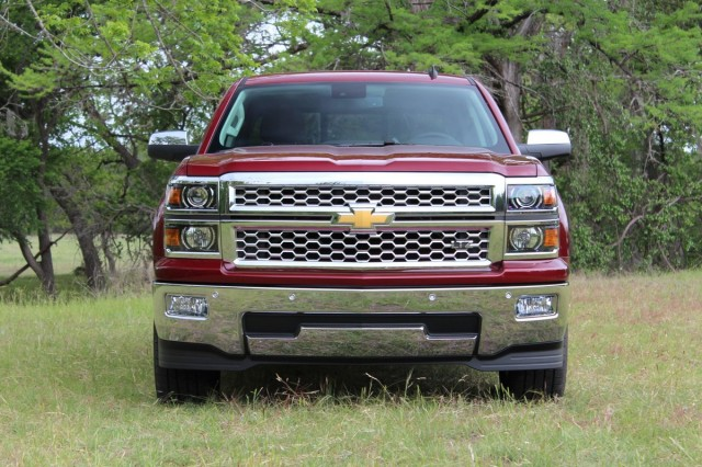 2014 Chevy Silverado Driven, Toyota Recall, Best Used Hybrids: Car