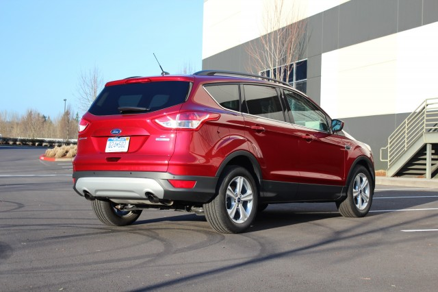 2014 ford escape great small suv not so great gas mileage gallery 1 green car reports. Black Bedroom Furniture Sets. Home Design Ideas