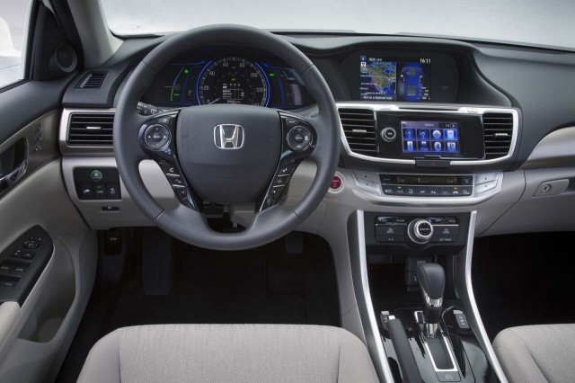 2014 Honda Accord Hybrid & Plug-In Hybrid: Photos, Details