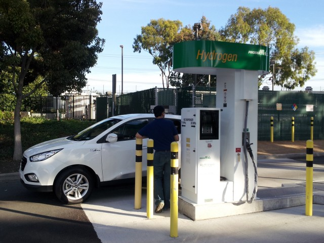 Hydrogen Fuel Cell Cars 50 For 300 Miles Or Free To
