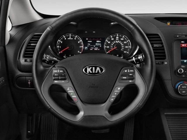 2014 Kia Forte 4-door Sedan Auto LX Steering Wheel #9220386