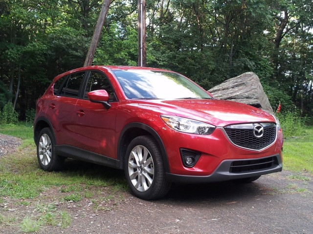 2014 mazda cx 5 2 5 liter skyactiv gas mileage drive report gallery 1 green car reports. Black Bedroom Furniture Sets. Home Design Ideas