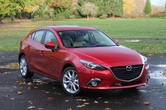 http://images.thecarconnection.com/med/2014-mazda-mazda3_100445678_m.jpg