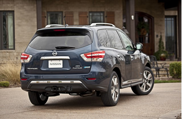 new 2014 nissan pathfinder hybrid priced from 35970