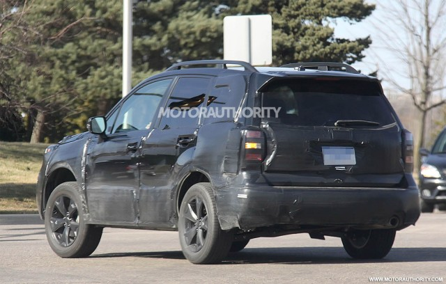 com/pictures/1074117_2014-subaru-forester-spy-shots_gallery-1#10038554