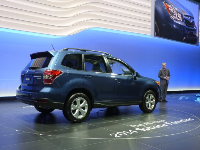 http://images.thecarconnection.com/med/2014-subaru-forester_100410706_m.jpg