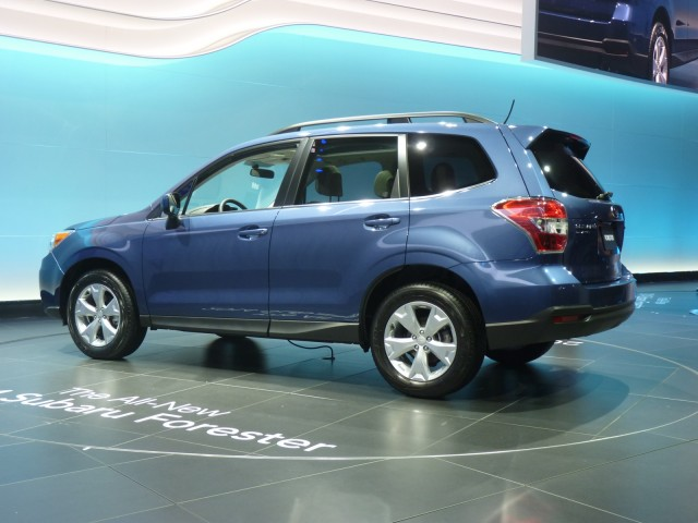 http://images.thecarconnection.com/med/2014-subaru-forester_100410708_m.jpg
