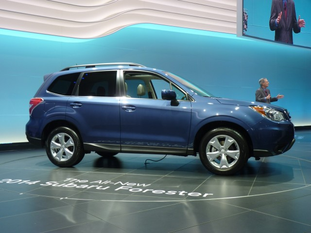 http://images.thecarconnection.com/med/2014-subaru-forester_100410711_m.jpg