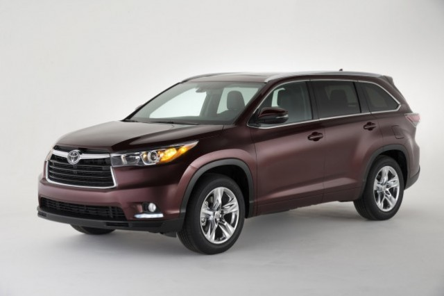Battle Of The SUVS: 2014 Dodge Durango, Toyota Highlander And Nissan