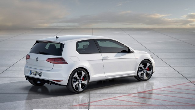 2014 Volkswagen Golf GTI Previewed In Paris By Concept