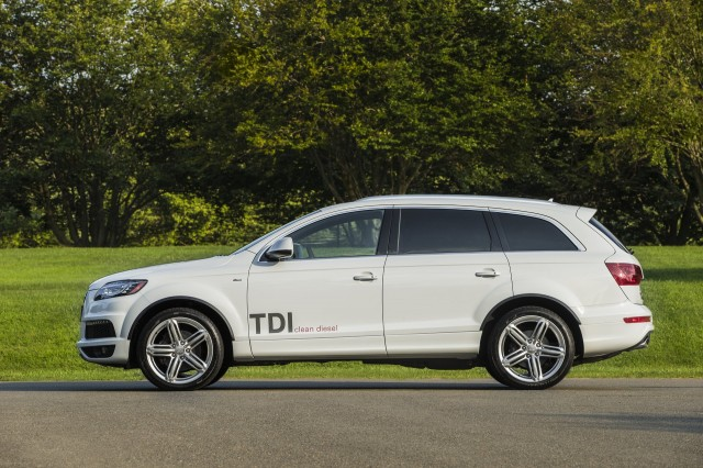 new and used audi q7 for sale the car connection. Black Bedroom Furniture Sets. Home Design Ideas