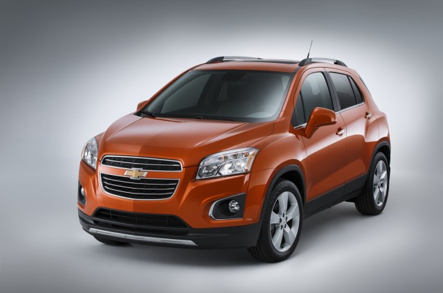 2015 chevrolet trax buick encore small suvs get iihs top safety pick label. Black Bedroom Furniture Sets. Home Design Ideas