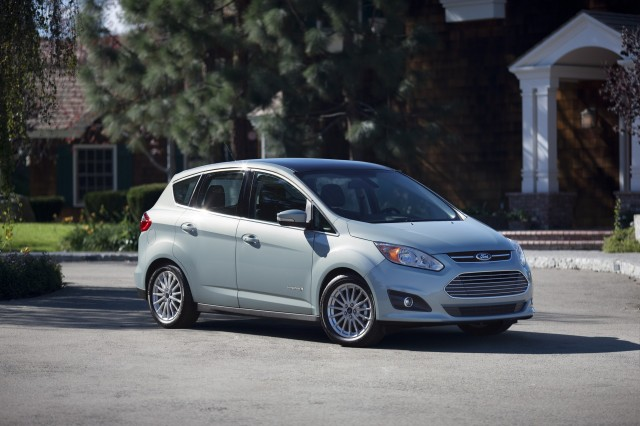 updated ford c max european models unveiled for paris motor show. Black Bedroom Furniture Sets. Home Design Ideas