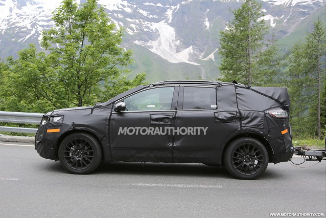 2015 - [Ford] Edge II 2015-ford-edge-spy-shots_100470223_m