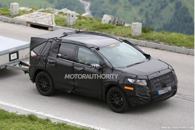 2015 - [Ford] Edge II 2015-ford-edge-spy-shots_100470228_m