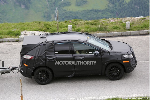 2015 - [Ford] Edge II 2015-ford-edge-spy-shots_100470229_m