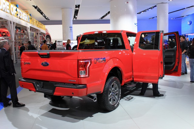 2015 ford f 150 sfe highest gas mileage model for aluminum pickup gallery 1 green car reports. Black Bedroom Furniture Sets. Home Design Ideas