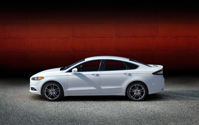Ford Mondeo 2015 White >> 2015 Ford Fusion: Smaller EcoBoost Engine, Manual Gearbox Gone
