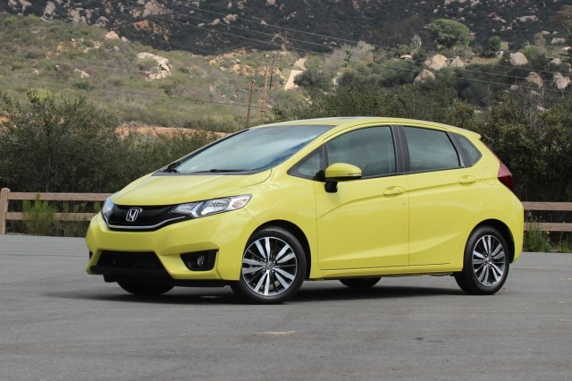 2015 honda fit early models to get better bumpers for for Cars like honda fit