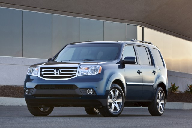 2015 honda pilot review ratings specs prices and. Black Bedroom Furniture Sets. Home Design Ideas