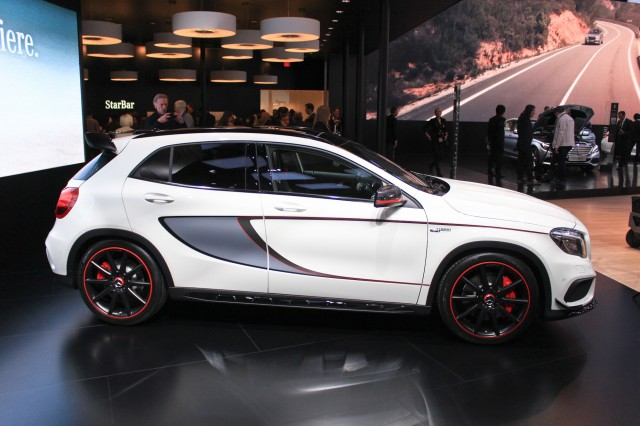 2015 Mercedes-Benz GLA45 AMG live photos, 2014 Detroit Auto Show