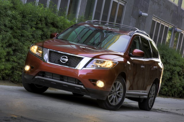 2015 nissan pathfinder review ratings specs prices and photos the car connection. Black Bedroom Furniture Sets. Home Design Ideas