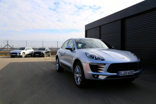 porsche likely to launch macan s e hybrid plug in report. Black Bedroom Furniture Sets. Home Design Ideas